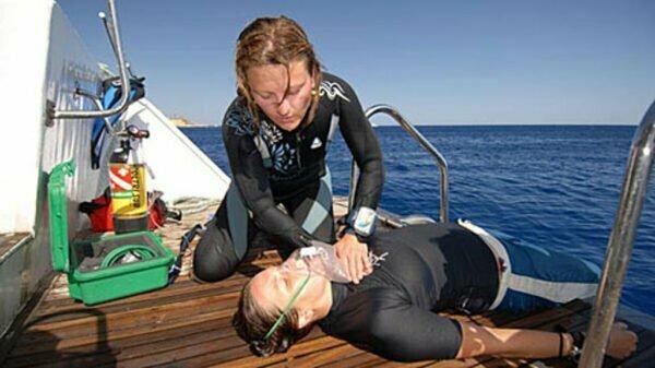 non-rebreather_oxygen_mask